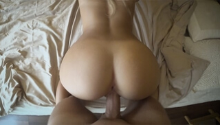 Russian Sex Video - The courier touches juicy buttocks titted beauty until tears up her doggy style and riding pussy