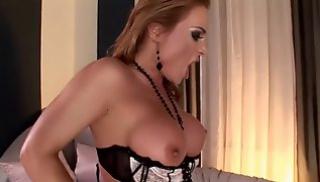 Порно заб - Ловелас доводит дамочку до сквиртинга анальным трахом