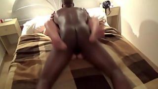 Русское Cекс Bидео - Горячая брюнетка пригласила чернокожего любовника к себе в гости и трахнулась с ним