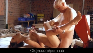 Porn Zab - Grandfather with white hair was laid on the table a young beauty and fucked her without condom